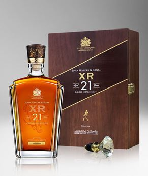 Picture of [Johnnie Walker] John Walker & Sons XR 21, 2019 Festive Gift Pack With Crystal Stopper, 750ML